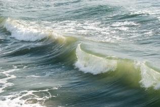 pier waves